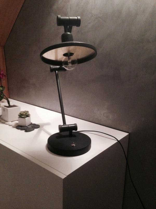mobilier passion acier design. Black Bedroom Furniture Sets. Home Design Ideas